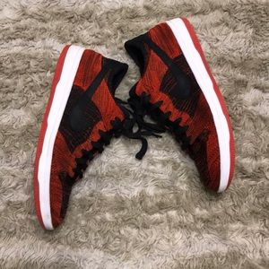 🔥FLYNIT DUNK LOW BRED 🔥